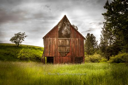 """Barn on Moscow Mountain, Idaho"""